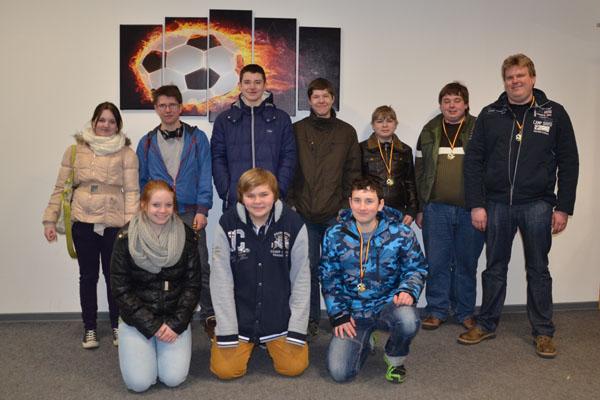 Die gemischte Wettkampfmannschaft aus Hamburg-Bergedorf und -Nord, die beim Bundeswettkampf für Hamburg antrat.