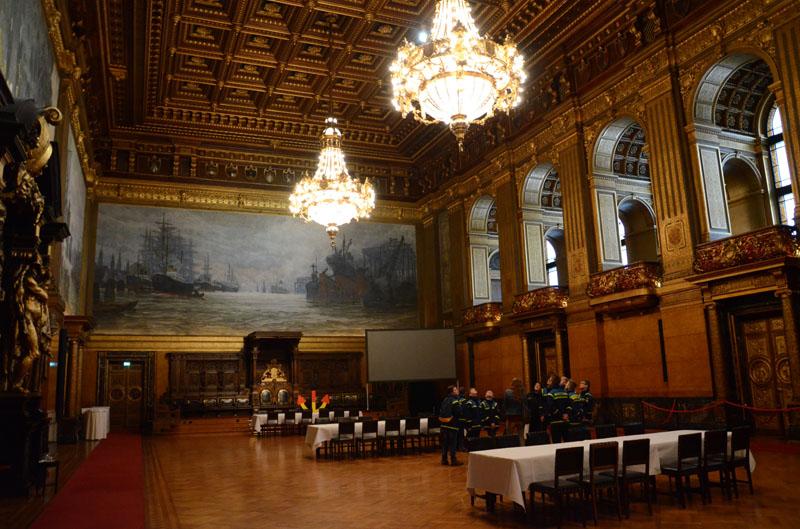 Der große Festsaal ist der größte Raum des Rathauses.