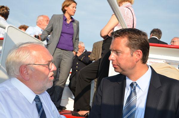 Bernd Balzer im Gespräch mit Stephan Mayer, MdB, Präsident der THW Bundesvereinigung.