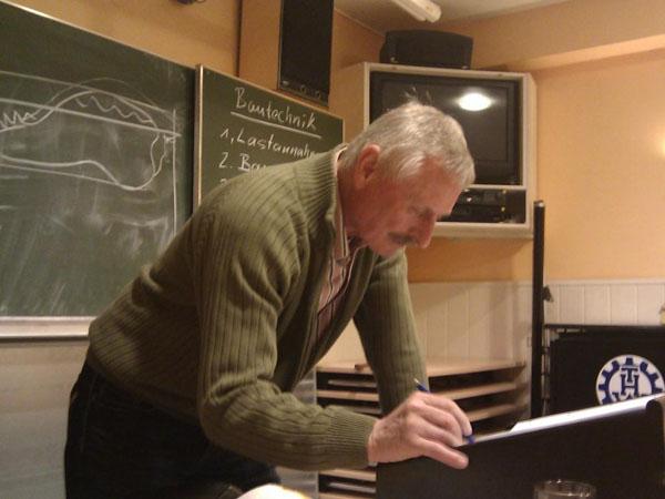 Als Dozent konnte der Bauingenieur Dieter Buch gewonnen werden.