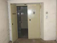 Aufzug im Bunker