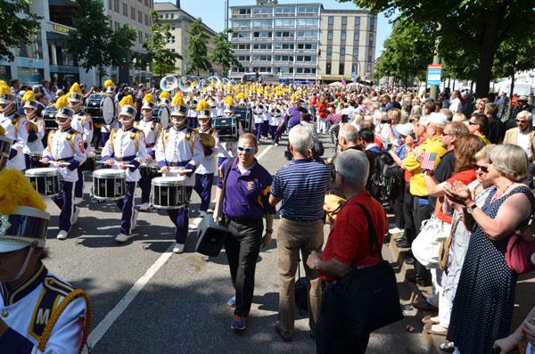 Die Mississippi Lion's All-State band war mit Abstand die größte Band der Parade.