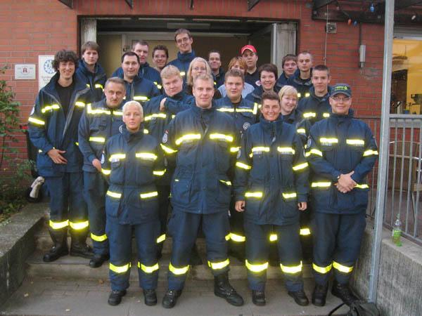 19 Helfer, aus den Hamburger Ortsverbänden Hamburg-Altona, -Bergedorf, -Mitte, -Eimsbüttel und -Nord nahmen an diesem Lehrgang teil.