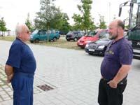 Während des Lagers unterstützten Klaus Griem und Erich Raabe die Log-M bei der Reparatur und Wartung des Fuhrparks und fuhren vor und nach dem Lager Busse der Bundespolizei von und nach Ratzeburg.