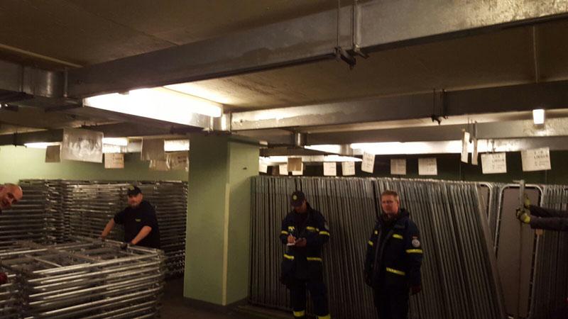 1.600 Betten lagerten im Schutzraum ein.