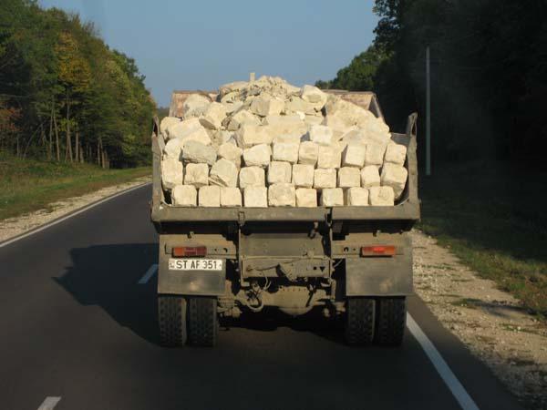 Das Thema Ladungssicherung ist in diesem Land weitgehend unbekannt.