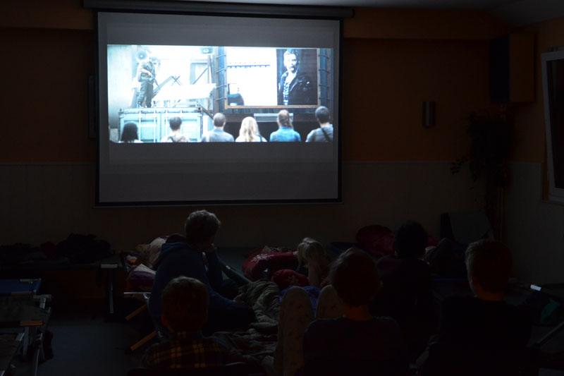 Mit einer romantischen Zombie-Komödie begann der Filmabend.