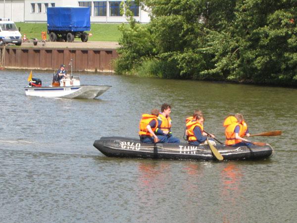 Die Jugendgruppe führte eine Umfangreiche Ausbildung für Arbeiten im und am Wasser durch.