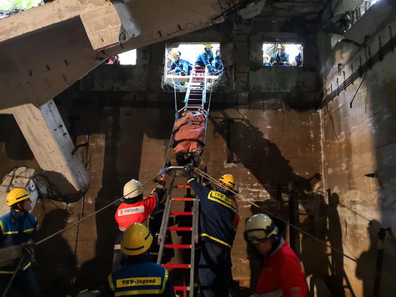 Die Rettung erfolgte über eine schiefe Ebene.