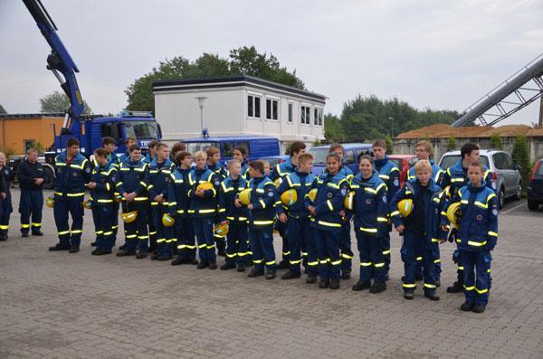 Insgesamt 25 Junghelferinnen und Junghelfer traten um 9 Uhr zur Prüfung an.