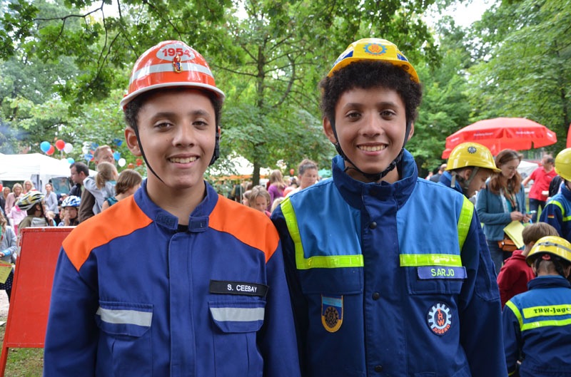 Feuerwehr und THW; viele Gemeinsamkeiten.