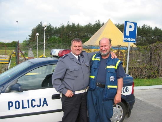 Klaus und ein polnischer Polizist.