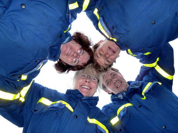 "Nun ""Helfer"": Katrin Gloe, Susanne Haas, Brigitte Witt, Michael Witt."
