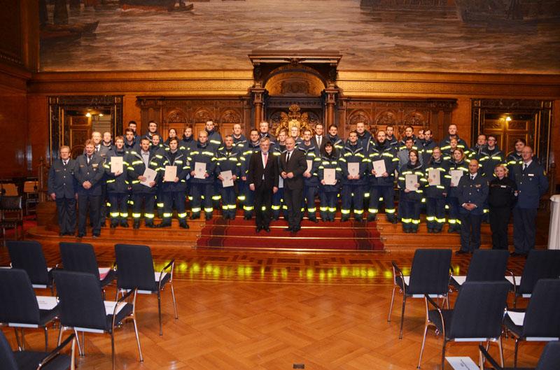 Die Hamburger THW-Helfer waren die zahlenmäßig größte Organisation beim Senatsempfang.