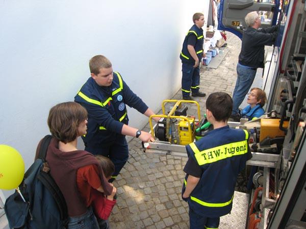 Mit Unterstützung unserer Jugendgruppe konnten die Besucher einen Einblick in unsere Ausstattung bekommen.