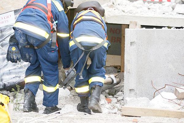 Ortung und Rettung von Verletzten.