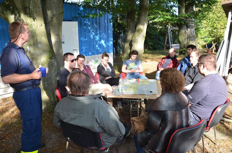In kleinen Workshops wurden verschiedene Belange des Ortsverbandes und des THW diskutiert.