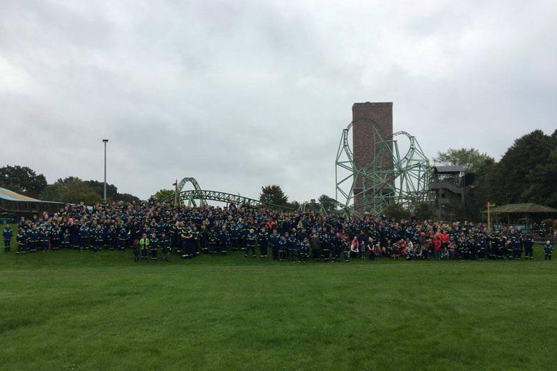 Das obligatorische Gruppenfoto. 626 Teilnehmer aus 42 Gruppen waren in diesem Jahr dabei.