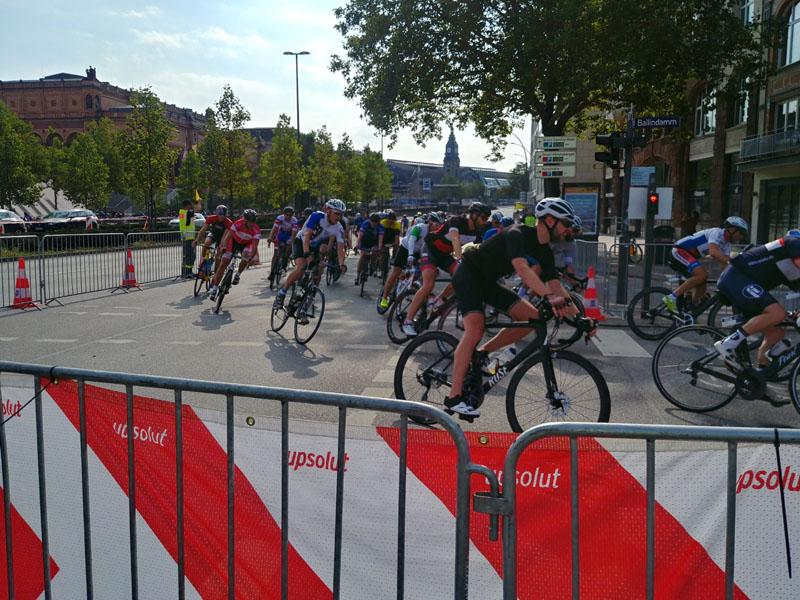 In diesem Jahr gingen rund 18.000 Hobby-Radsportler an den Start.