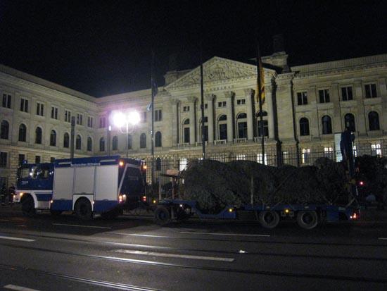 Ankunft vor dem Bundesrat.