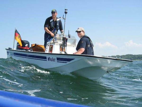 Unser Boot, ein Boston Whaler Montauk 17.