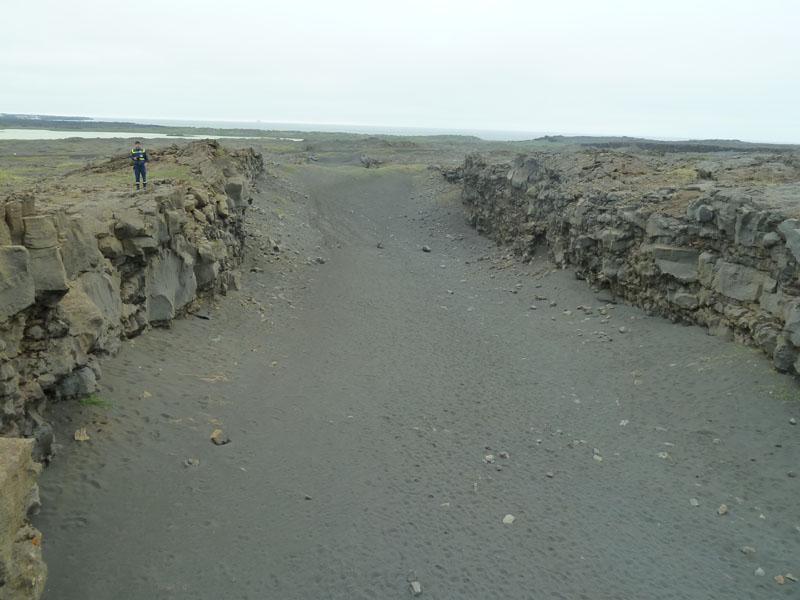 Quer durch Island verläuft der Graben, an dem die Kontinentalplatten von Europa und Nordamerika auseinanderdriften.