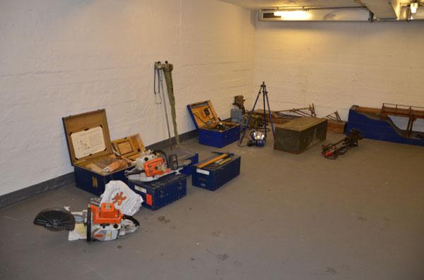 Die THW-historische Sammlung übernimmt die THW-Lehrmodelle, -Arbeitsgeräte und -Ausbildungstafeln.