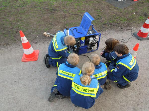 Inbetriebnahme eines Stromerzeugers.