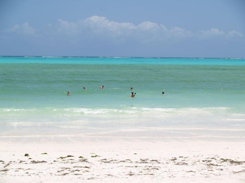 Strandtag auf Sansibar.
